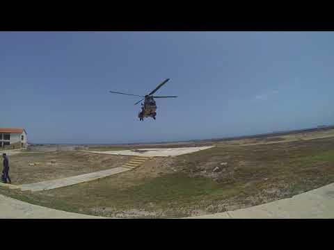 Eurocopter AS 532 Cougar ATERRIZANDO DESDE EL FRENTE