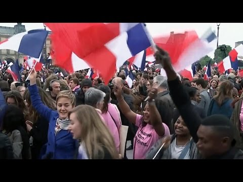Emmanuel Macron projected to be France