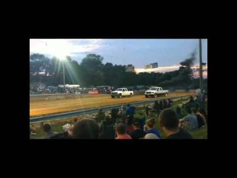 Diesel Dirt Drags-Washington County Ag Expo