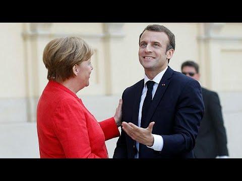 Sur la zone euro, Emmanuel Macron veut convaincre Angela Merkel