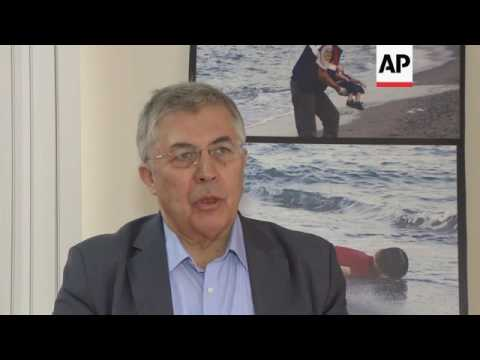 Refugees and expert look at hopes for 2016