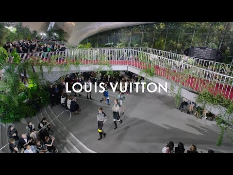 Louis Vuitton premieres 'Canvas of the Future', featuring Royole AMOLED displays