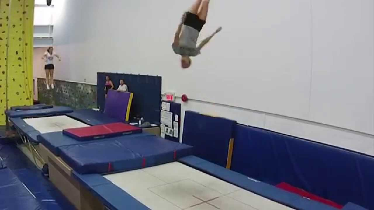 Acrosport Barani En Action Youtube