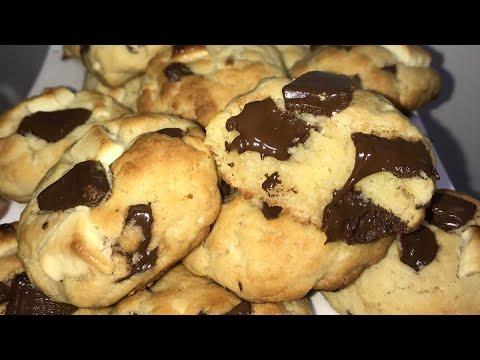 recette-cookies-extra-moelleux-et-simple---cookies-choco-blanc-et-noir-!!!!-(en-10-min!!!!)🥰