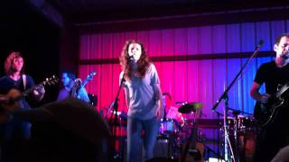 Watch Edie Brickell She video