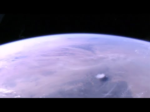 Cloaked Ufo video NASA ISS Space station live ufo feed 2016