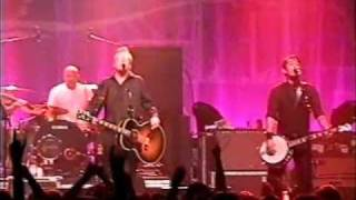 Flogging Molly - Requiem for a dying song + Man with no country + Paddy's lament à Montréal