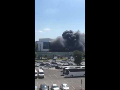 İstanbul Merter'de büyük yangın (VİDEO)