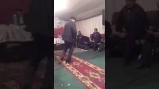 Кавказец отжог на песню папито