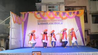 Group dance on Aali Thumkat Naar | Marathi Song 2018 | Swapnil Joshi, Mukta Barve