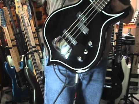 gene simmons cort punisher bass guitar review by scott grove youtube. Black Bedroom Furniture Sets. Home Design Ideas