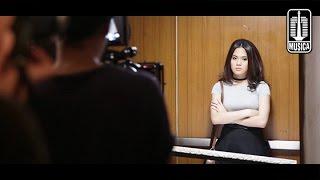 Sheryl Sheinafia - Kedua Kalinya (OST. Koala Kumal) | Behind The Scene