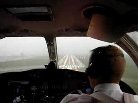 Cockpit View | Foggy Landing in Citation 550 Private Jet