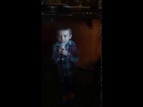 6 year old Performs Uptown Funk live at karaoke  - Viral Exposure