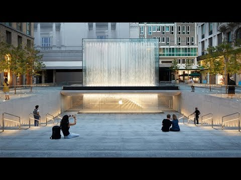 Apple Piazza Liberty Milan Opening day