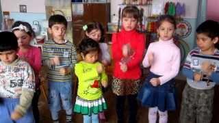 """Музыкальная пальчиковая игра """"Молоточки"""""""