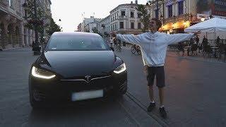 Reakcje ludzi na tańczący samochód!
