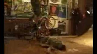 Washington Dead Cats - Waikiki Bay (Johnny don't go surfing) - Clip