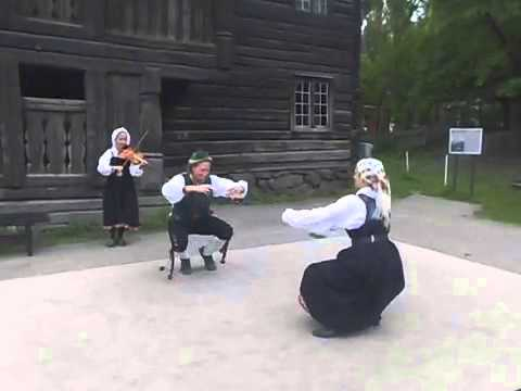 Traditional Norwegian Dancing