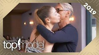 Wolfgang Joop coacht die Models! Wie kommt Joops Feedback an? | GNTM 2019 | ProSieben