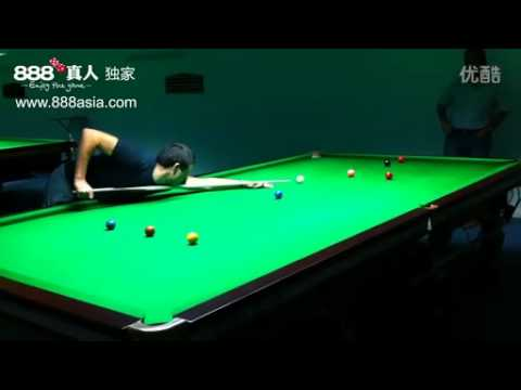 Ronnie O'Sullivan practicing