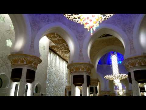 #TourwithJB Inside the grand mosque in AbuDhabi.