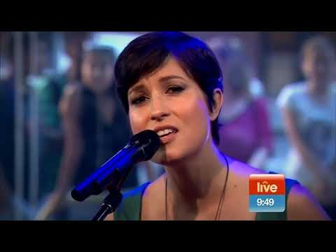 Missy Higgins 'The Way You Are Tonight' Live Sunrise