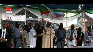 TRENDING: Buhari Calls APC Gov Candidate In Delta ' Presidential Candidate'
