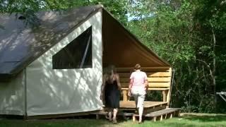 Camping l'Orée du Lac*** à Villerest ( Loire )