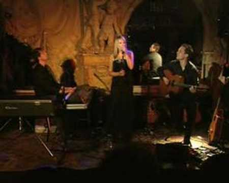 Cristin Claas - I am waiting (Live)