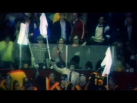 NHL Classics: Roger Neilson waves white flag in 1982