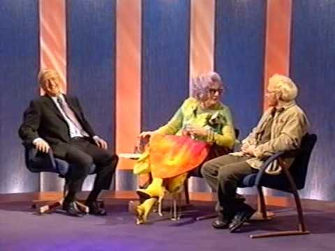 Dame Edna Everage & Madge interview (Parkinson, 1998)