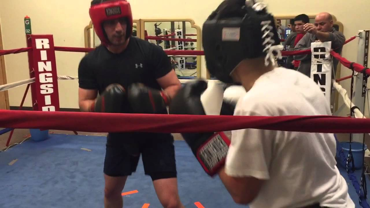 Believers boxing club and r c club youtube for Boxing club salonais