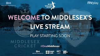 Middlesex v Hampshire (Bob Willis Trophy - Day 1)