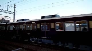 宝塚歌劇100周年記念のラッピング列車です。 鹿塩踏切道から少しだけ小...