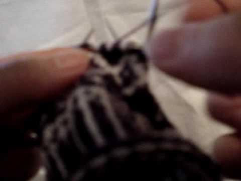 English style 2-colour knitting - YouTube