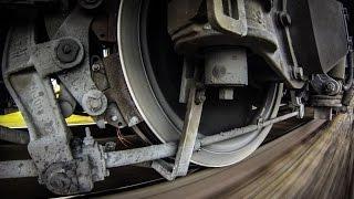 «Экстренное торможение поезда» / Emergency braking trains(Наша группа Вконтакте: http://vk.com/rzd_pid Мой инстаграм: https://instagram.com/mrgranit96/ Партнерская программа: http://goo.gl/OVfnvN..., 2013-05-30T15:38:26.000Z)