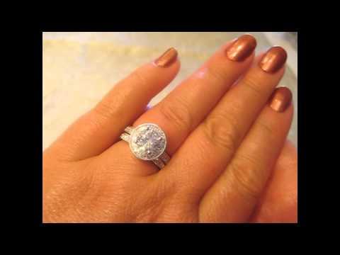ki-117036-18k-cultured-7.5mm-round-blue-sapphire-gemstone-engagement-ring-with-diamond-halo
