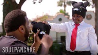 Repeat youtube video Kid President and Craig Robinson Go Cat Caroling