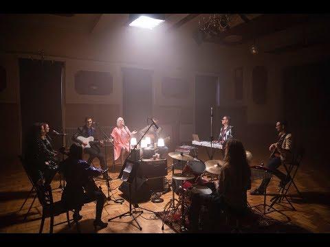 Bagdi Bella: Öröm tölti be szívem  (Official Music Video)