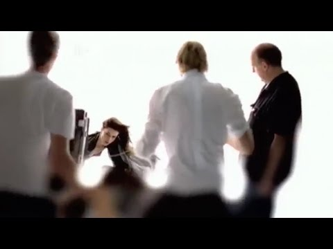 The Making of PIRELLI CALENDAR 2004 The Making of