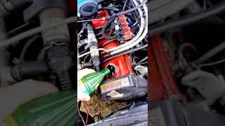 Płukanie silnika naftą oświetleniową Audi 80