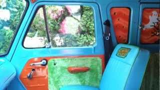 The MYSTERY MACHINE Scooby Doo Van Econoline LIMO Party Bus FUR/SHAG 26