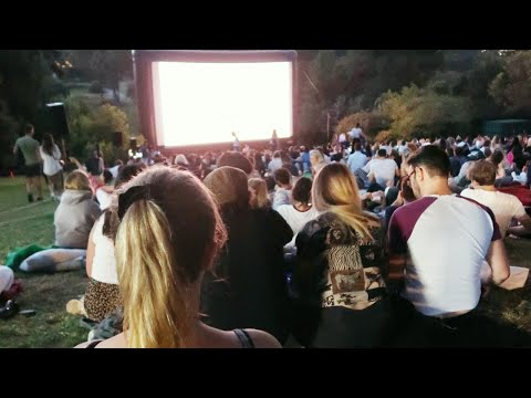 Going to an OUTDOOR CINEMA in Melbourne