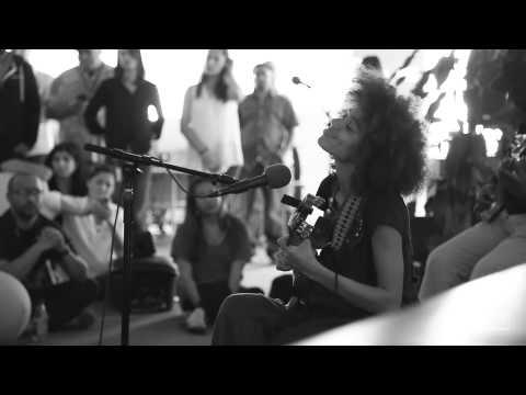 "Nneka ""Shining Star"" - Pandora Whiteboard Sessions"