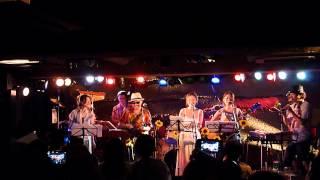 2012年8月12日 吉祥寺MANDALA2 テレビドラマ「花のズボラ飯」のテーマ曲...