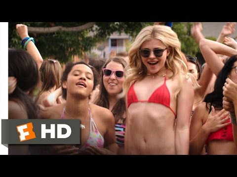 Neighbors 2: Sorority Rising - It's On! Scene (4/10) | Movieclips