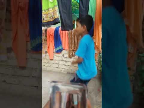 Dance karna hai par aata nahi😀😀😀😅😅