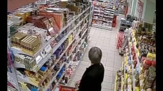 Кража в Пятерочке Видео с камеры наблюдения 2