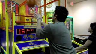 Boy vs Girl. Playing BasketBall at Chuck E Cheese. Nikon Coolpix S70 HD Video Test. Part 1